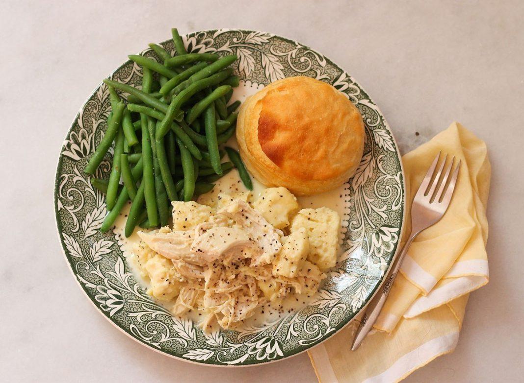 Copycat Cracker Barrel Chicken and Dumplings Recipe ...