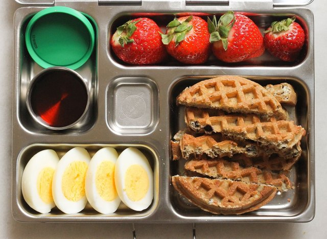 waffle dipper bento box