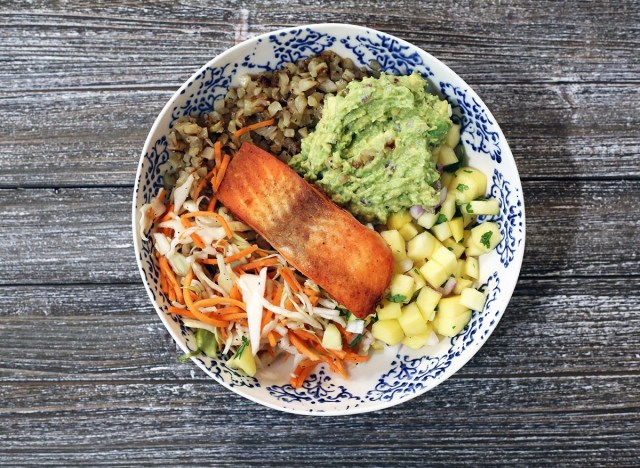 whole30 fish taco bowl