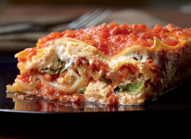 Low-calorie sausage lasagna