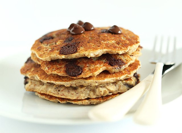 Chocolate chip and oatmeal pancakes recipe from Minimalist Baker