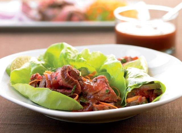 Low-calorie thai beef lettuce wraps