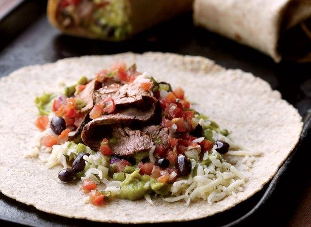 Low-calorie carne asada burritos