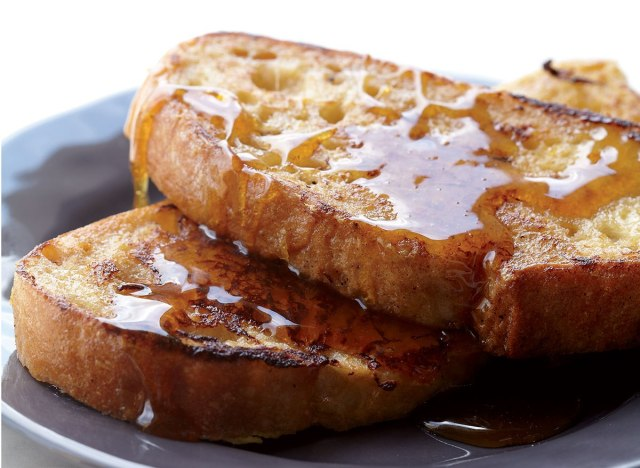 Low-carb vanilla-bourbon french toast
