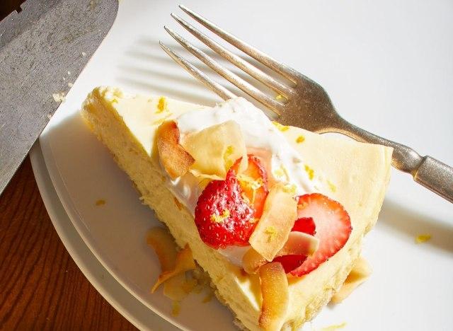 keto lemon cheesecake with strawberries and macadamia nuts